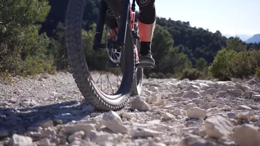 E-Mtb helps you with load control