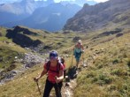 happy-women-mountains-choisir-conseils-randonnée