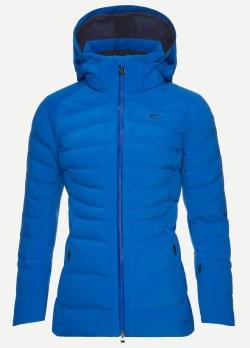 skieuses-montagne-vêtements-vestes-après-ski