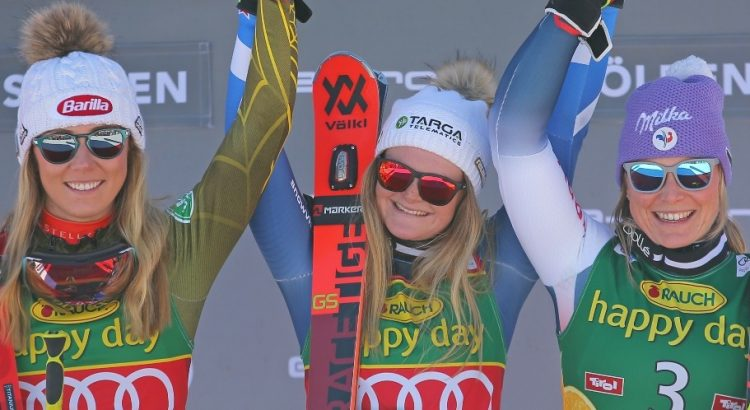 podium féminin de la coupe du monde de ski alpin de Sölden en Autriche - octobre 2019 :  1 - Alice Robinson - NZ 2 - Michaela Shiffrin-USA 3- Tessa Worley-FRA