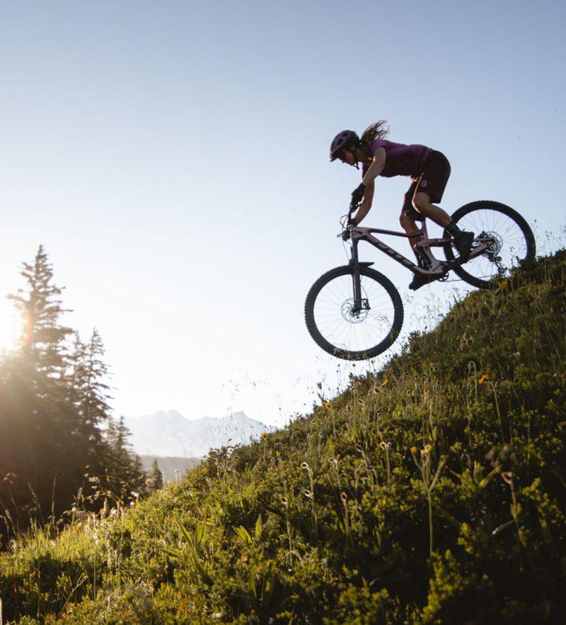 bien-choisir-VTT-scott-contessa-rider_olivia_kemp-photo_paul_humbert-snowflike