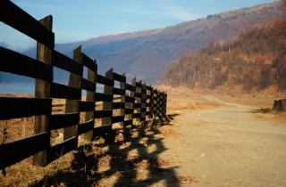 country-fence-copy-320×210