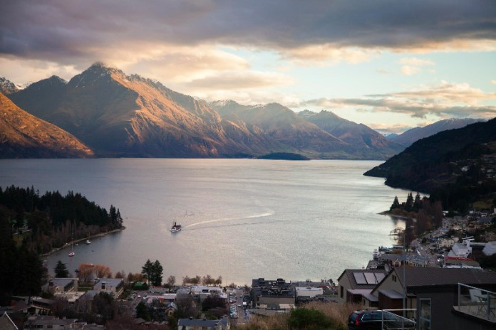Queenstown. Pic by Lilah Snow (lilahsnow.com)