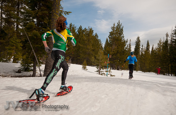 Snowshoe Racing Paul Smith's College style: All Out! What a photo!