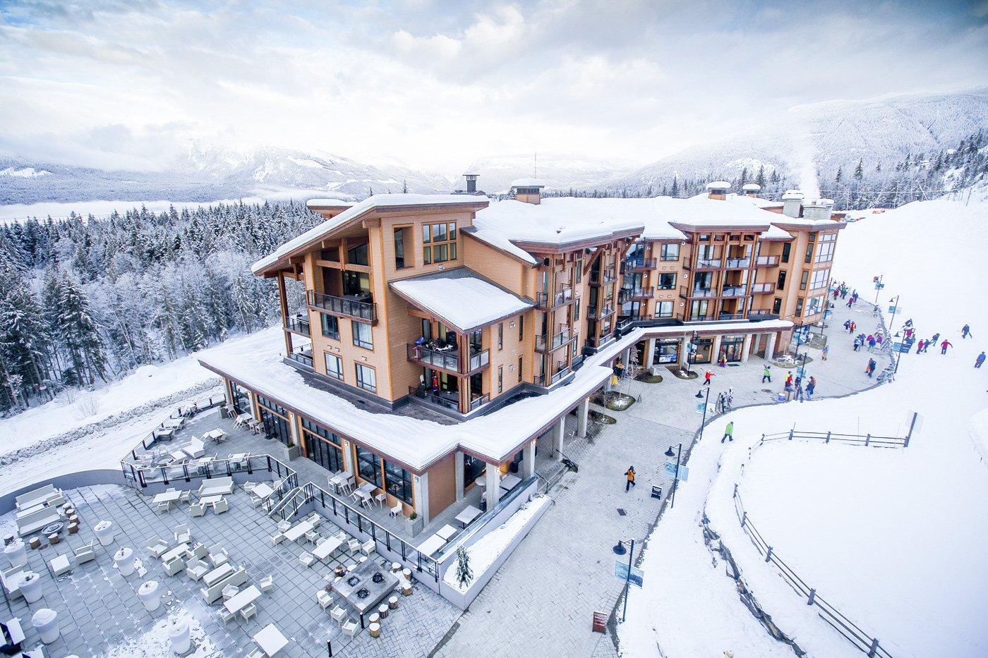Revelstoke Ski-in/Ski-out Accommodation