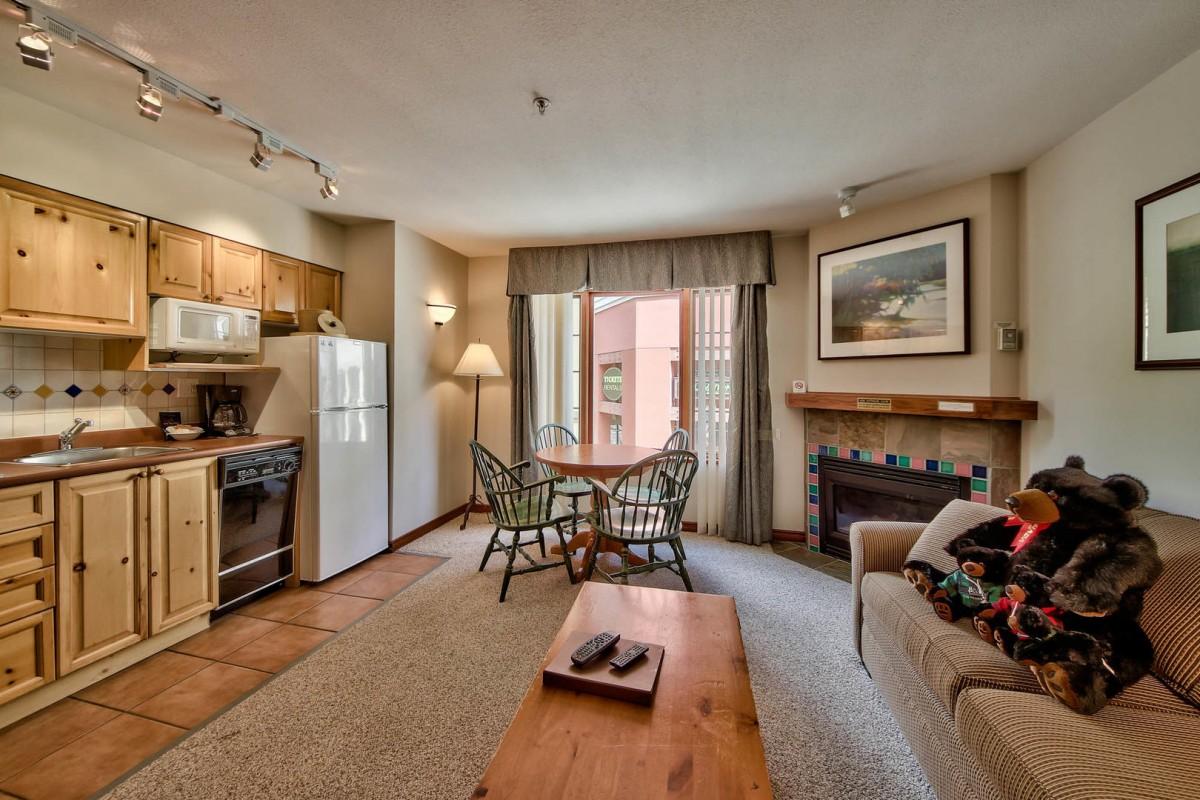 Hearthstone Lodge, Sun Peaks, 1 Bedroom condo