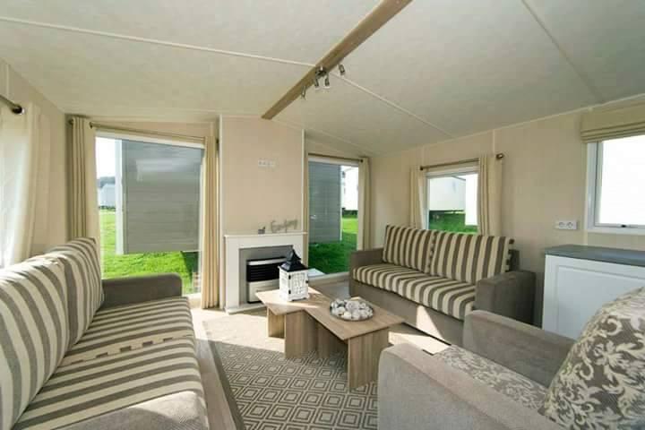 design your own kitchen island blinds for windows corona skyline static caravan sale brand new price