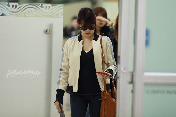 Snsd Tiffany Gimpo Airport style