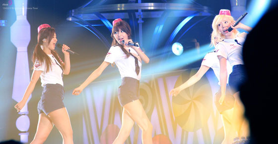 Girls Generation Japan Arena Tour 2013