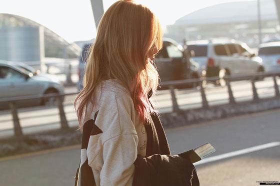 Taeyeon Incheon Airport fashion