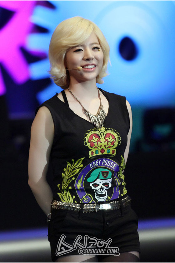 SNSD Sunny Hong Kong Asian Pop Music Festival 2013