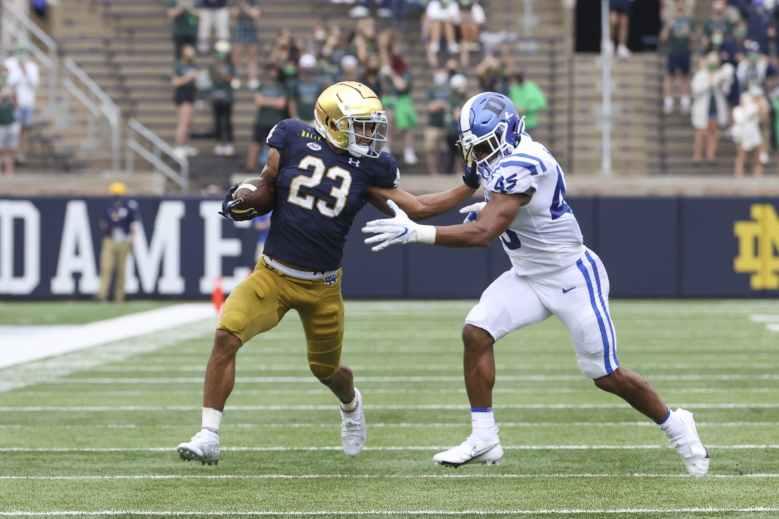 Column: Duke football's defense must tighten up perimeter play - The  Chronicle