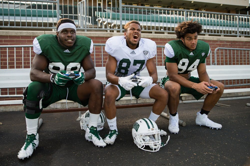 Football: The Best Gamers on the Bobcats