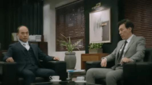 町の弁護士チョ・ドゥルホ第10話 密談するシン・ヨンイルとチャン・シヌ