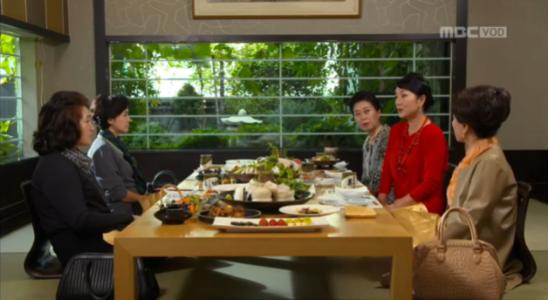 吹けよ、ミプン第11話 会食するマ・チョンジャとファン・クムシル