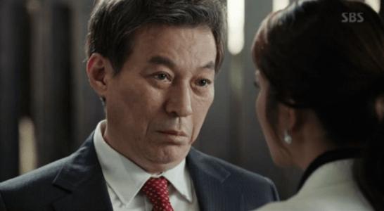 韓国ドラマ「耳打ち(ささやき)」第10話 安心させるチェ・イルファン
