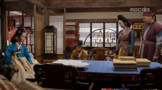獄中花(オクチュンファ)第40話 土下座する大行首たち