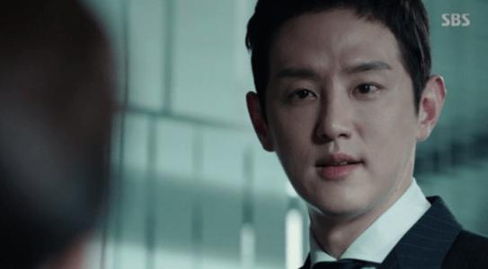 韓国ドラマ「耳打ち(ささやき)」9話 皮肉るカン・ジョンイル