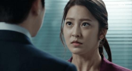韓国ドラマ「耳打ち(ささやき)」第14話 お願いするチェ・スヨン