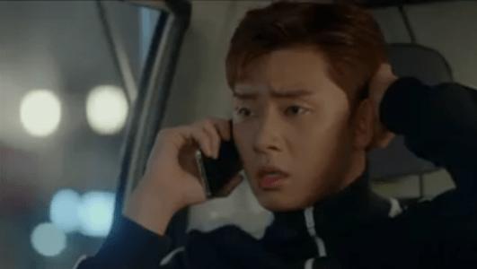 韓国ドラマ「サム、マイウェイ」7話 電話をするコ・ドンマン