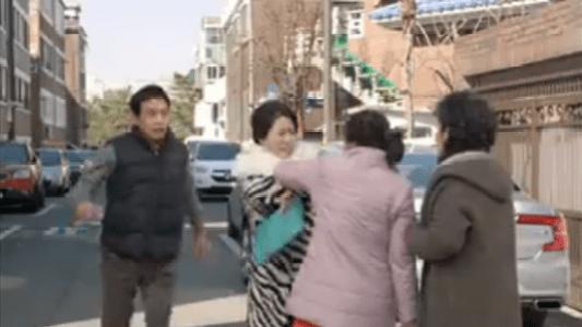 韓国ドラマ「お父さんが変」1話 喧嘩するナ・ヨンシル