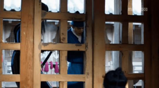 韓国ドラマ「君主(クンジュ)」3話 鍵を開けるイ・ソン