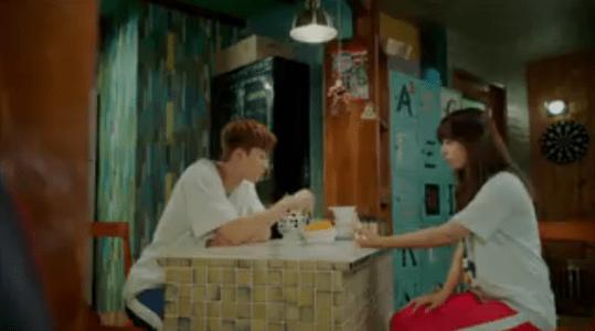 韓国ドラマ「サム、マイウェイ」13話 トッポッキを食べるコ・ドンマン