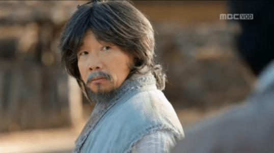 韓国ドラマ「君主(クンジュ)」3話 考えを言うウ・ボ