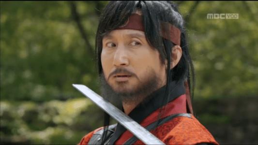 「君主(クンジュ)~仮面の主人~」第6話 剣を向けられるチョ・テホ