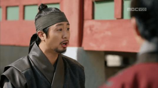 「君主(クンジュ)~仮面の主人~」第8話 喜ぶパク・ムハ