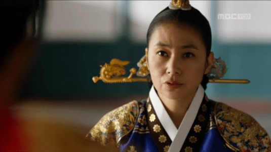 「君主(クンジュ)~仮面の主人~」第12話 王の嫁を決めると王后