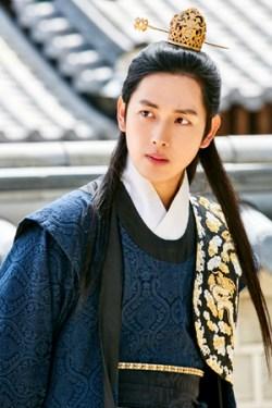 「王は愛する」ワン・ウォン