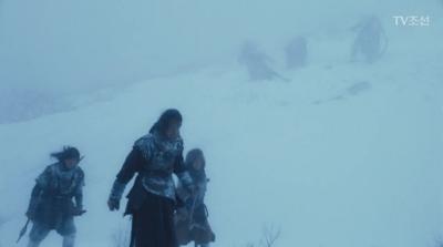 [不滅の恋人] 第1話 雪の中を歩くイ・フィ