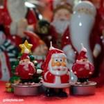 Weihnachtsmänner als Kerze
