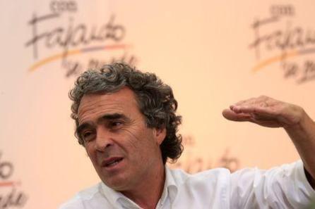 Sergio Fajardo, candidato presidencial colombiano (Foto REUTERS/Jaime Saldarriaga).