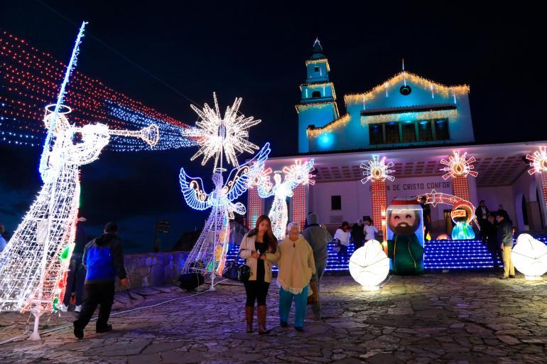 Con iluminacin arranc la navidad en Bogot  Soacha