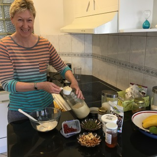 Wendy Hodge cooking