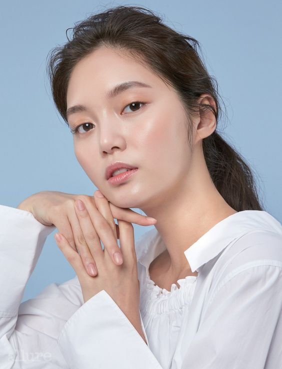 The Miracle Ingredient for Glowing Skin - Hyaluronic Acid