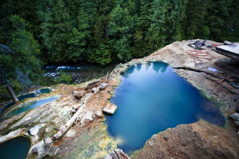 Umpqua Hot Springs Pools