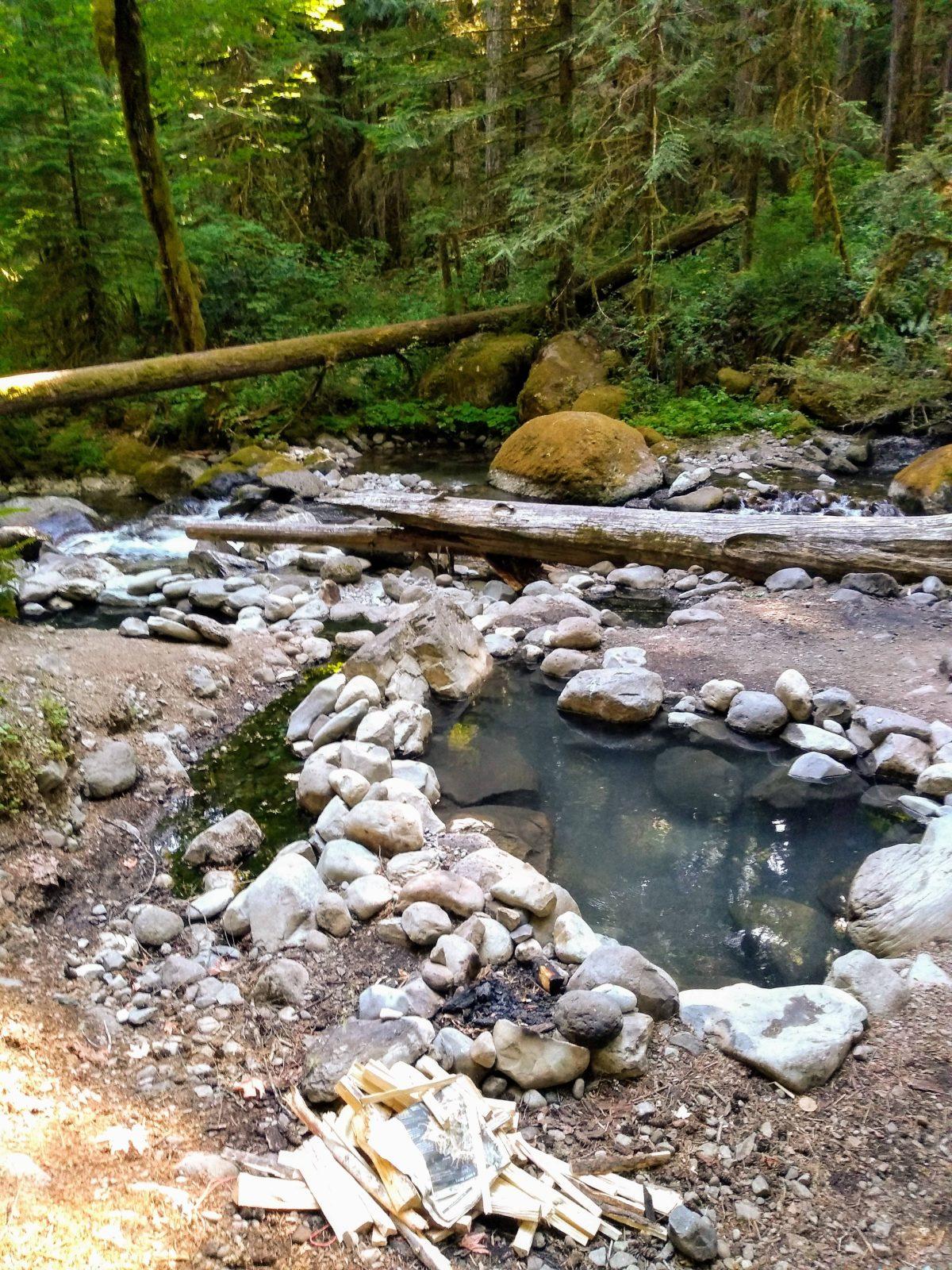 Wall Creek Warm Springs in Oregon