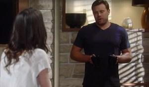 Sam-holds-knife-Jason-GH-ABC