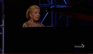 Nikki performs-YR-CBS