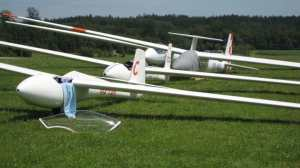 Neil gliders ready to go