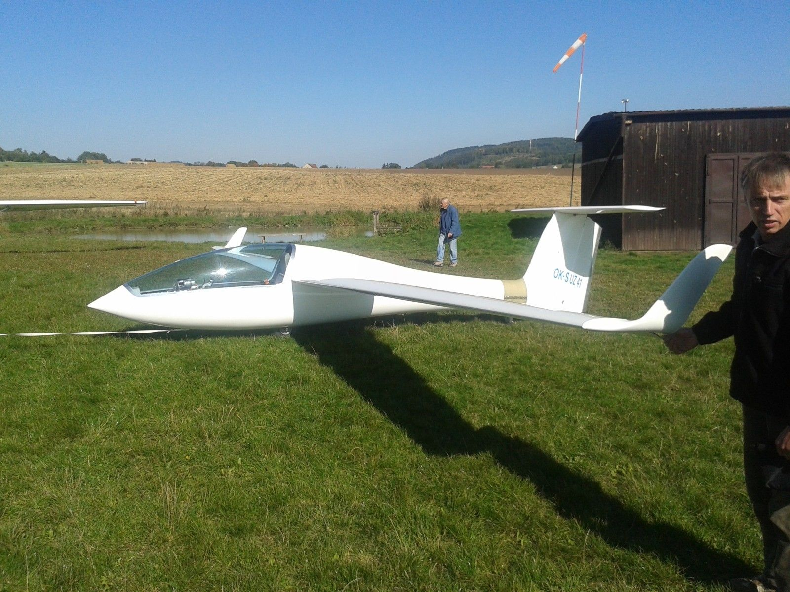 A New Carbon Composite Powered Ultralight Glider - Soaring Cafe