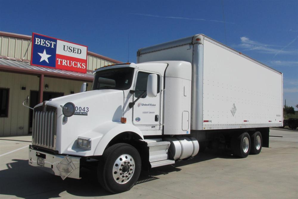 medium resolution of 2010 kenworth t800 box van