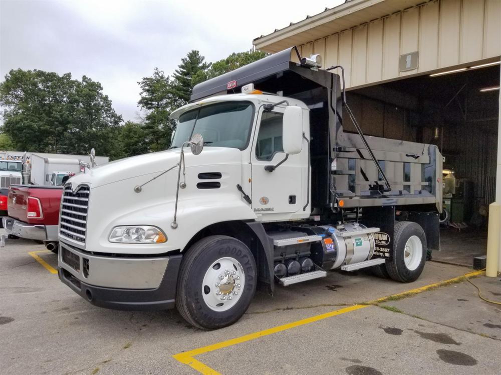 medium resolution of used 2012 mack pinnacle cxu612 dump truck 530698