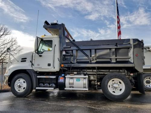 small resolution of used 2012 mack pinnacle cxu612 dump truck 530695