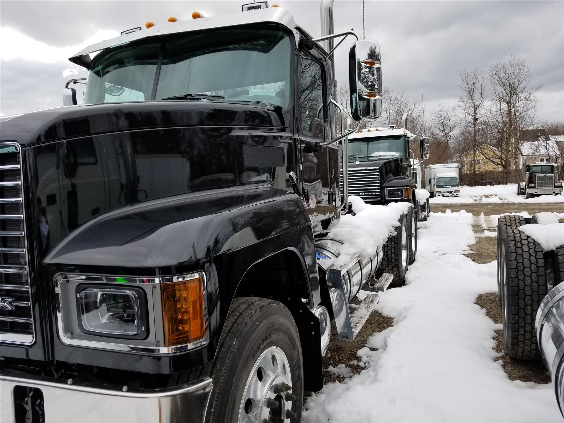 hight resolution of new 2019 mack pi64t daycab truck 562129