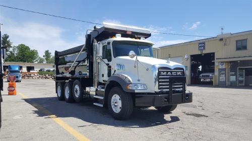 small resolution of used 2016 mack gu813 dump truck 556636