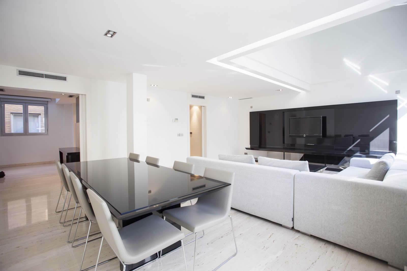 Appartement chic et lgant  la dcoration neuve luxueuse et moderne  louer rue Serrano